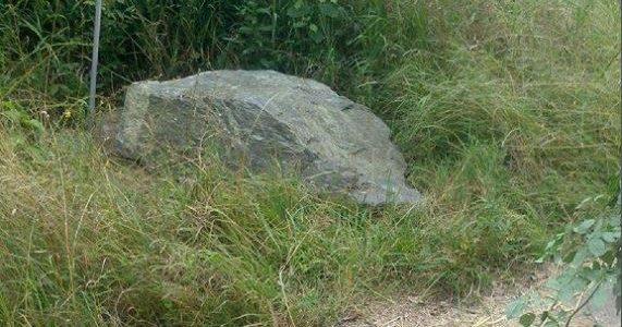 Stein am Jakobsweg wieder hergerichtet